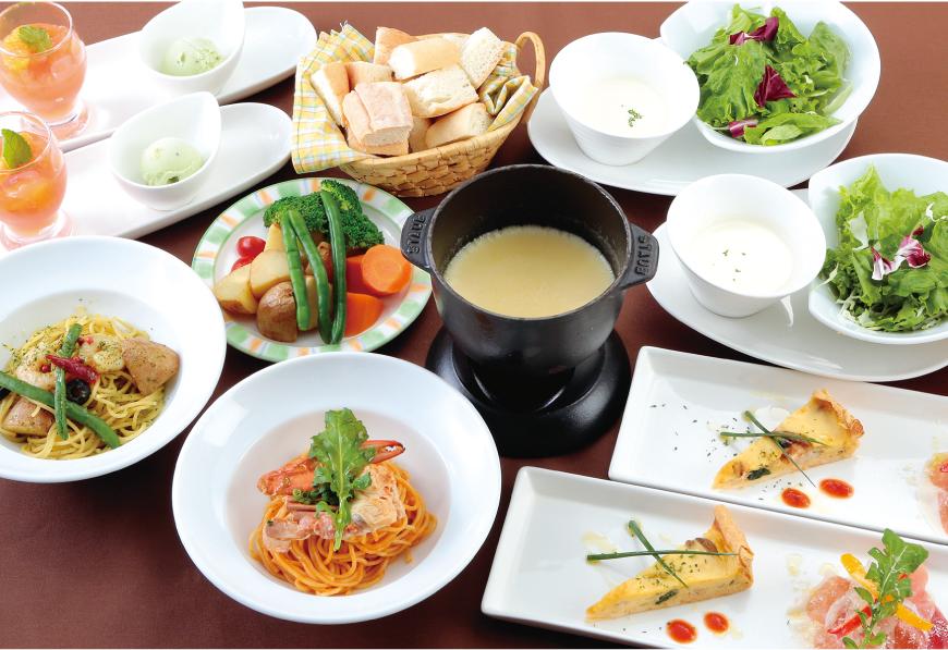 選べるチーズフォンデュパーティーコース 3,000<span>円(税込3,300円)</span> 〔全13品〕